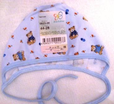 Чепчик из интерлока голубой с рисунком.  Рост ребенка 42 см